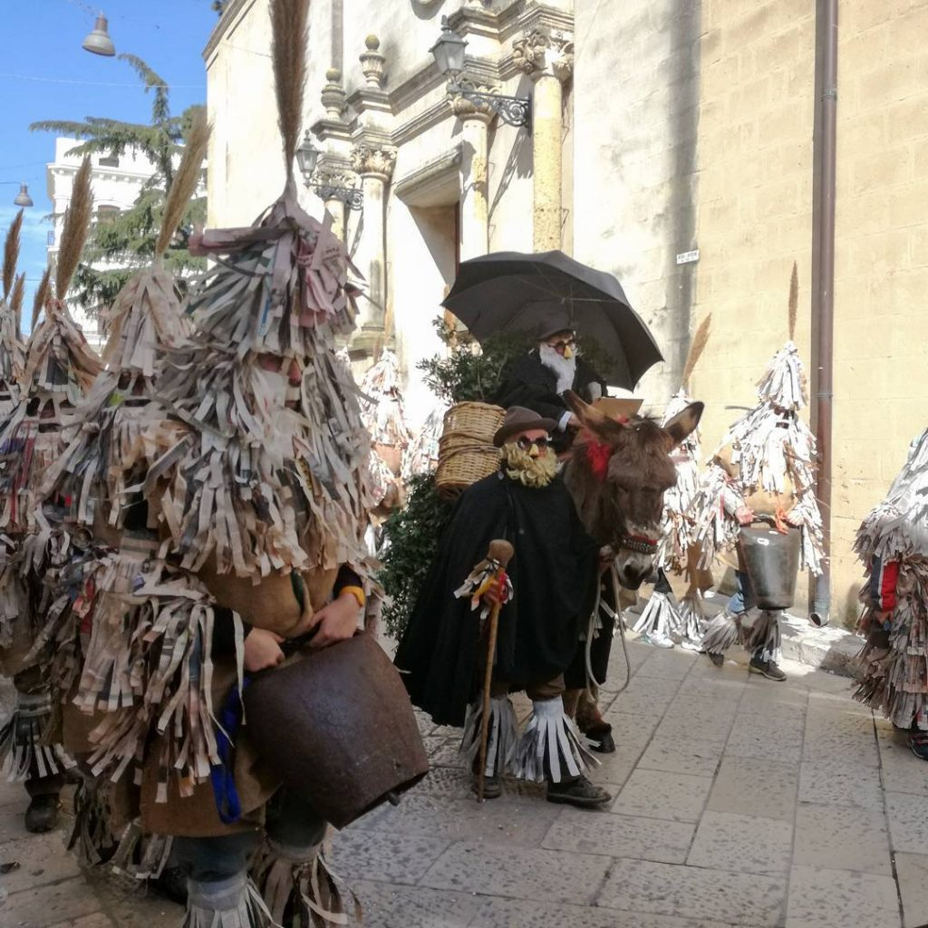 Carnevalone Montese sfilata